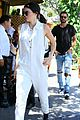 kendall jenner grabs lunch wiith scott disick holiday weekend 14