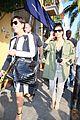 kim khloe kardashian gets mobbed by fans while shopping 06