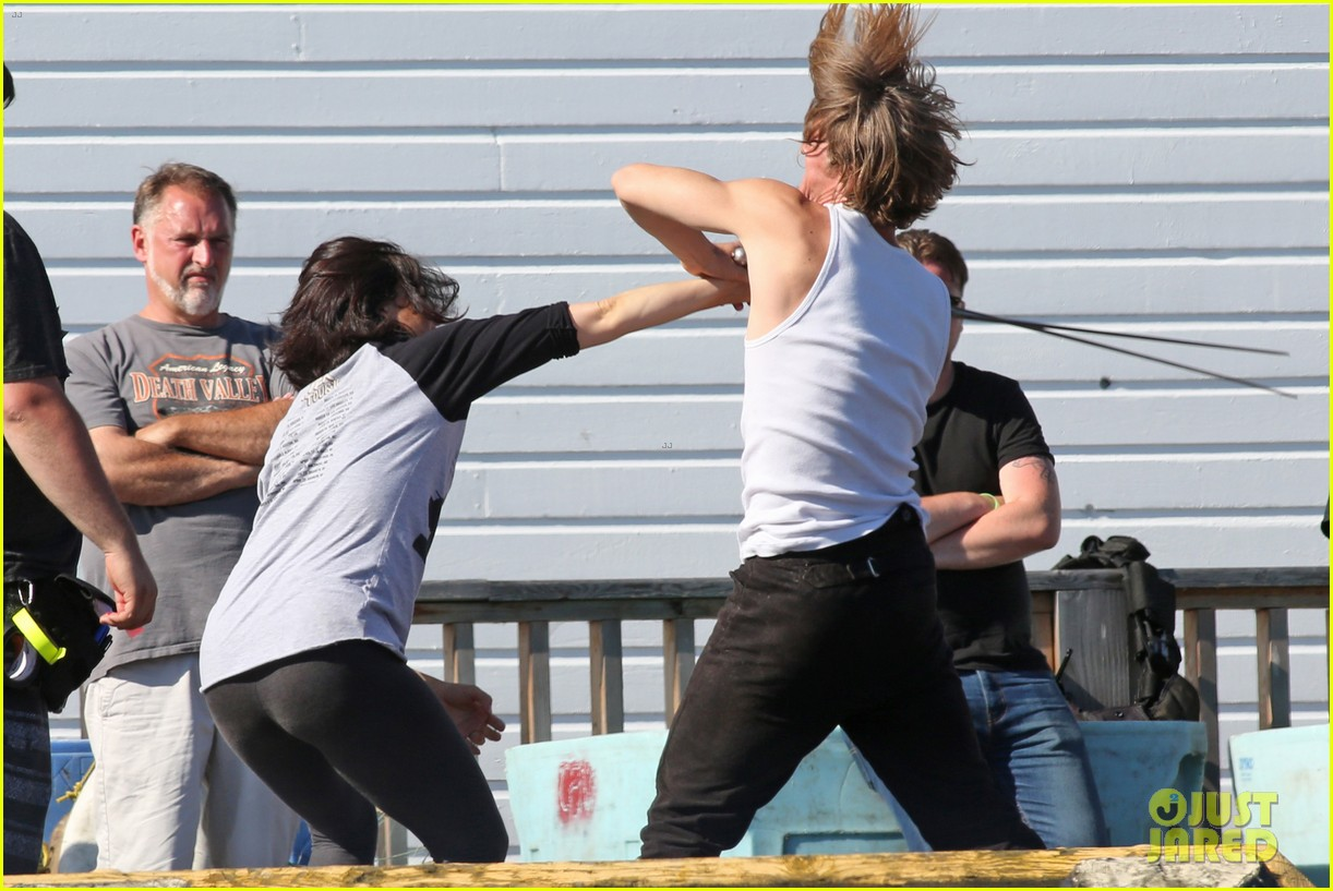 lana parrilla learns how to swordfight in ouat teaser