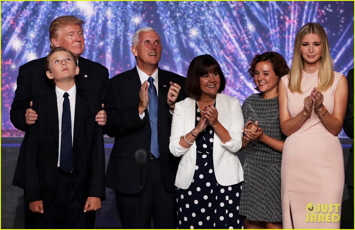 Трамп фото семьи и детей