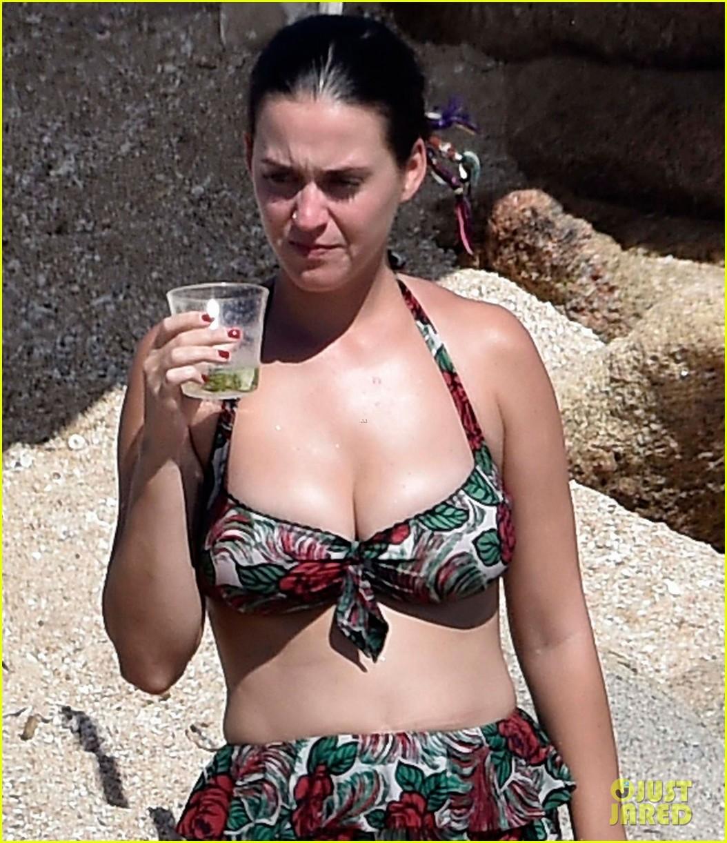Sexy Bikini Katy Perry and Orlando Bloom naked photo 2017