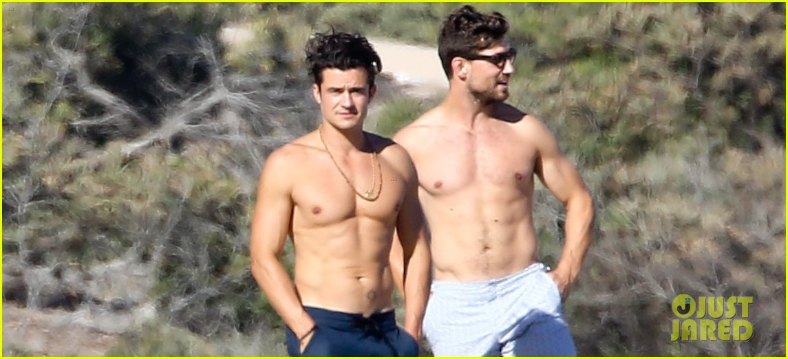 Orlando Bloom opens up on those naked paddle board