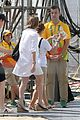 eddie redmayne wife hannah rio beach volleyball 39