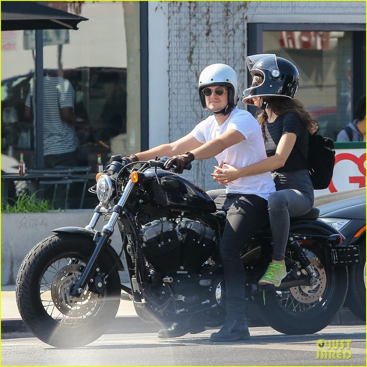 josh hutcherson girlfriend claudia traisac ride around on his motorcycle00607mytext3743404