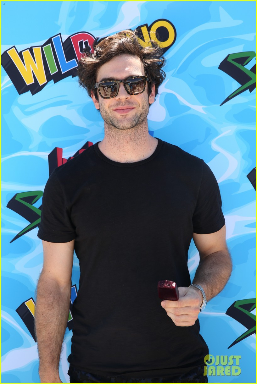 ethan peck bobby french just jared summer bash 153734446