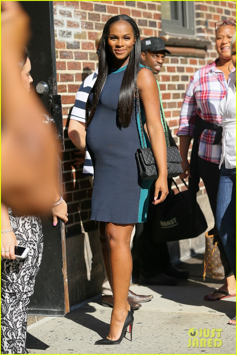 tika sumpter had to get buff to portray first lady michelle obama ...