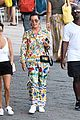 kourtney kardashian kris jenner capri vacation 06