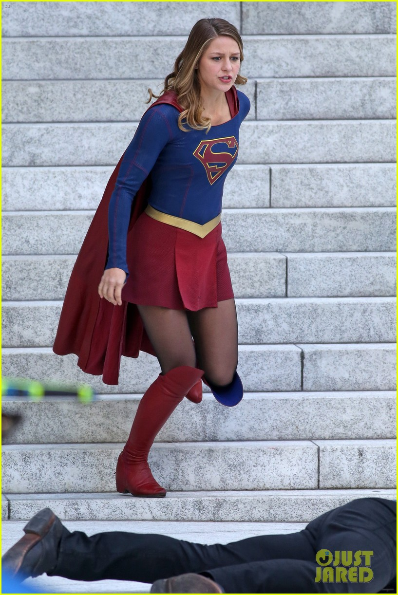 Melissa Benoist Is All Smiles While Filming Supergirl Photo 3758821 Mehcad Brooks Melissa