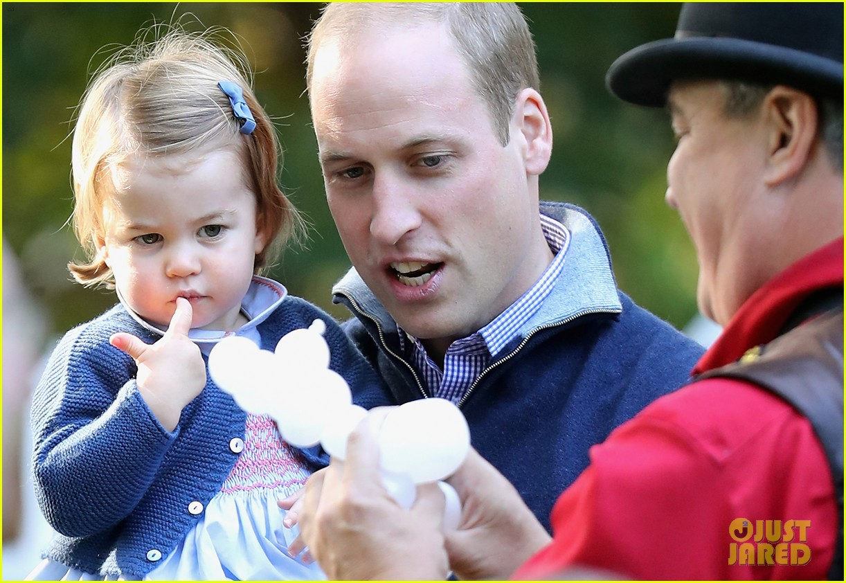Prince William gets royal blowjob from Kate Middleton