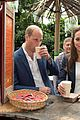 kate middleton looks so chic in 30 pants from the gap 17