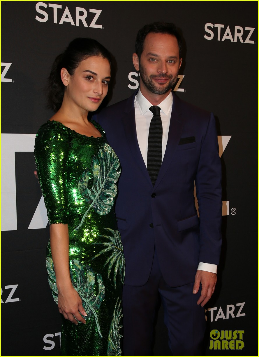 Comedian Nick Kroll Family Girlfriend Siblings 2
