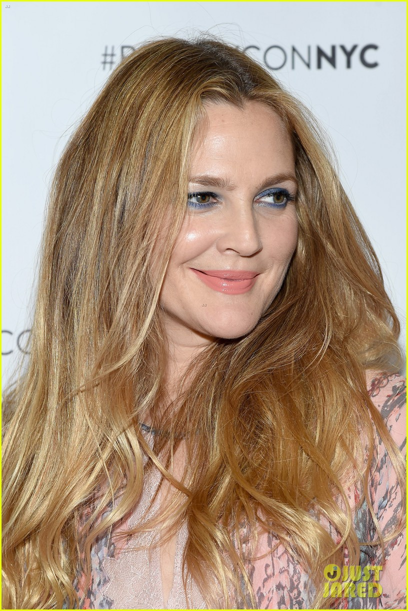 Full Sized Photo Of Drew Barrymore Brings Flower Beauty To