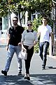 kate upton justin verlander lunch hold hands 02