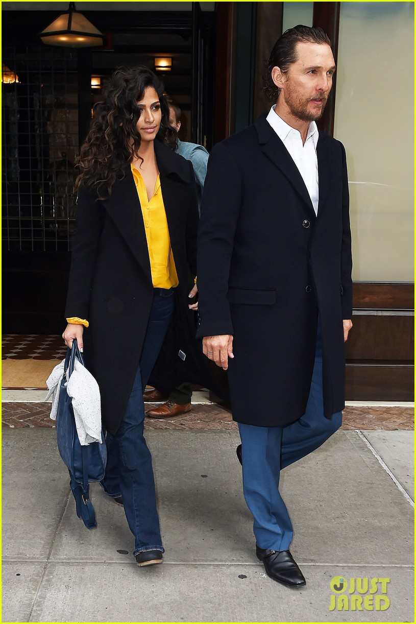 matthew mcconaughey camila alves step out for date night in nyc 01