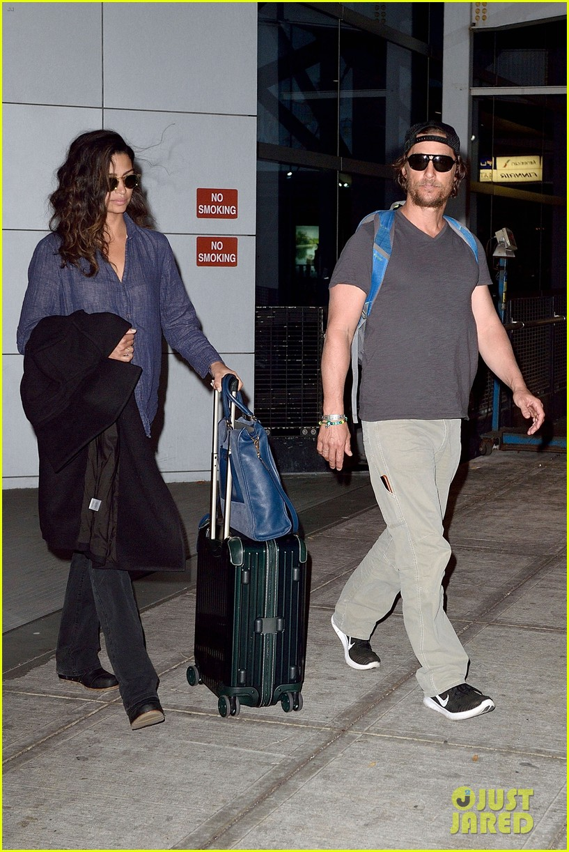 matthew mcconaughey camila alves step out for date night in nyc 083809696