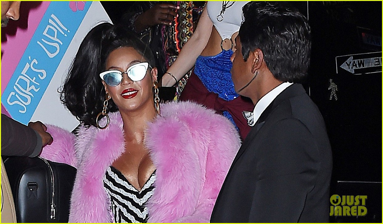 Beyonce & Jay Z Go Vintage Barbie With Blue Ivy For Halloween ...