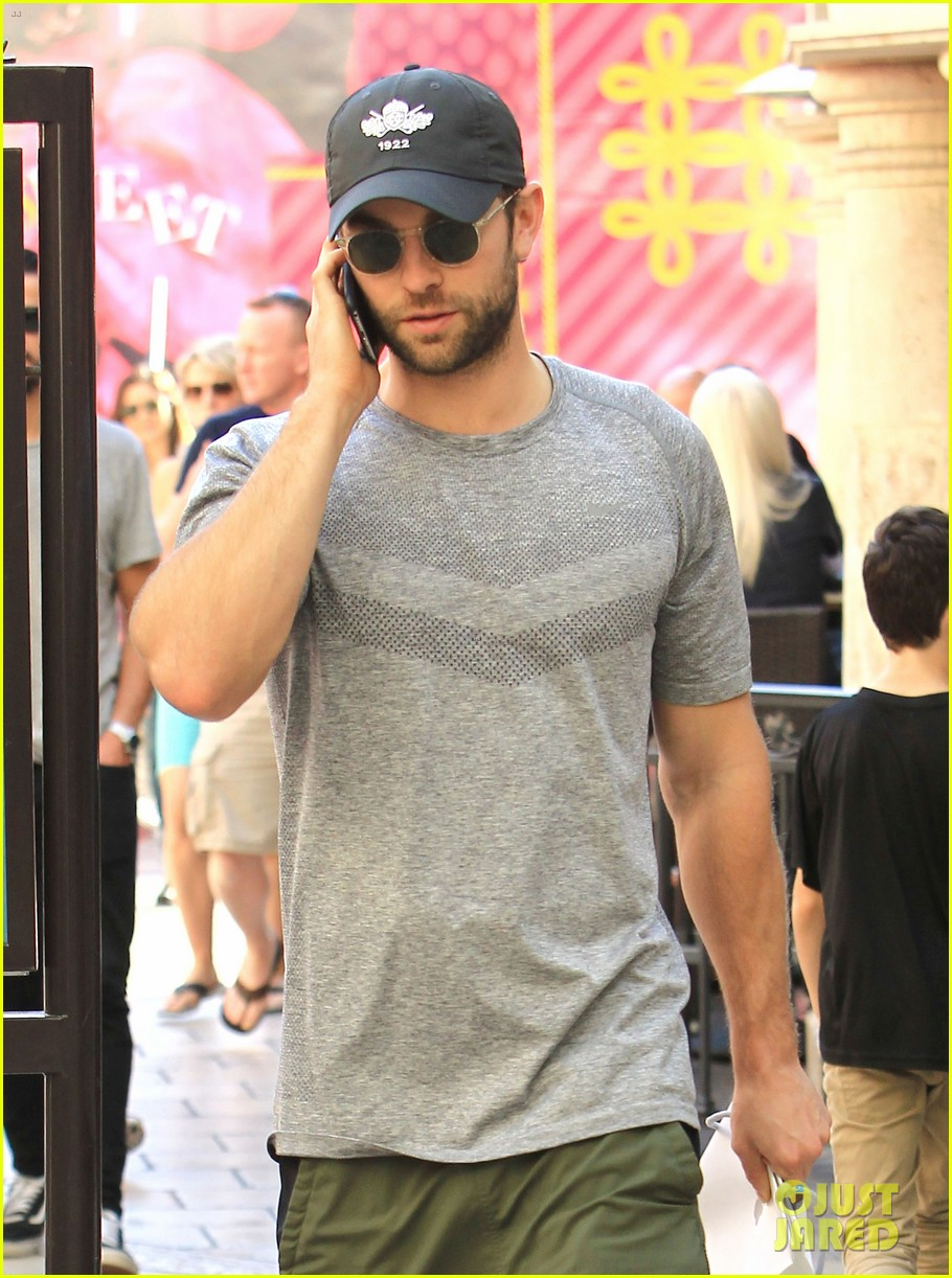 About Photo #3804010: Chace Crawford chats on his phone while walking back to the parking garage on Friday (November 4) at The Grove in Los Angeles. The 31-year-old former Gossip Girl… Read More Here