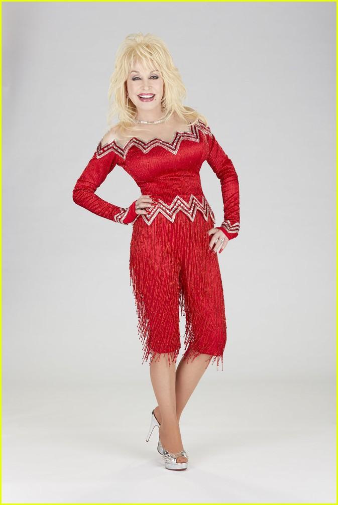 dolly parton christmas colors cast list 17