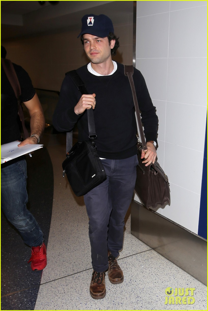 alden ehrenreich looks cool arriving at lax airport 023809708