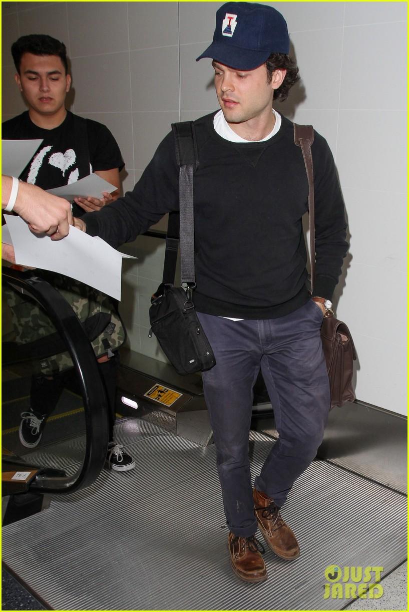 alden ehrenreich looks cool arriving at lax airport 123809718