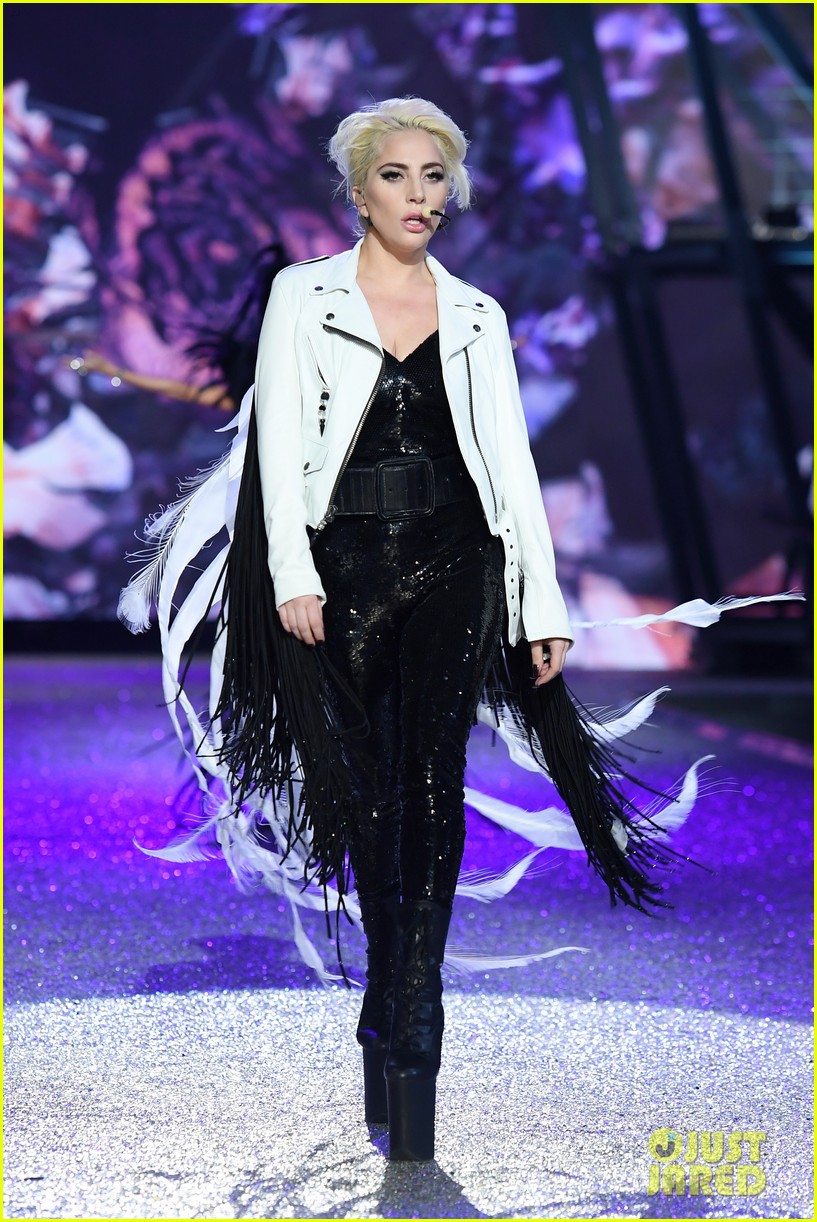 Lady ga ga fashion 26