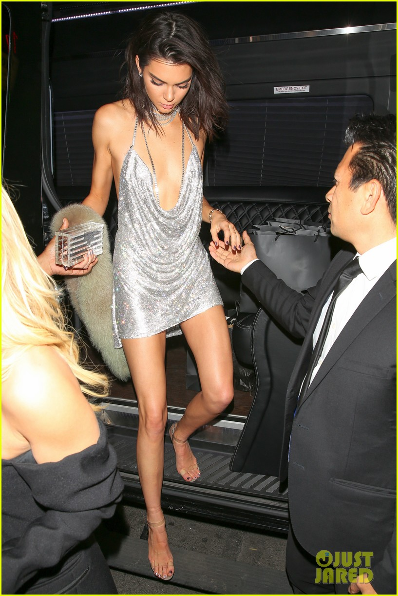 kendall jenner 21st birthday dress matched paris hilton on purpose 143801712