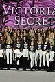 kendall jenner gigi hadid pose victorias secret models 08
