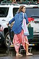 jessica alba stocks up on fireworks for new years eve in hawaii 10