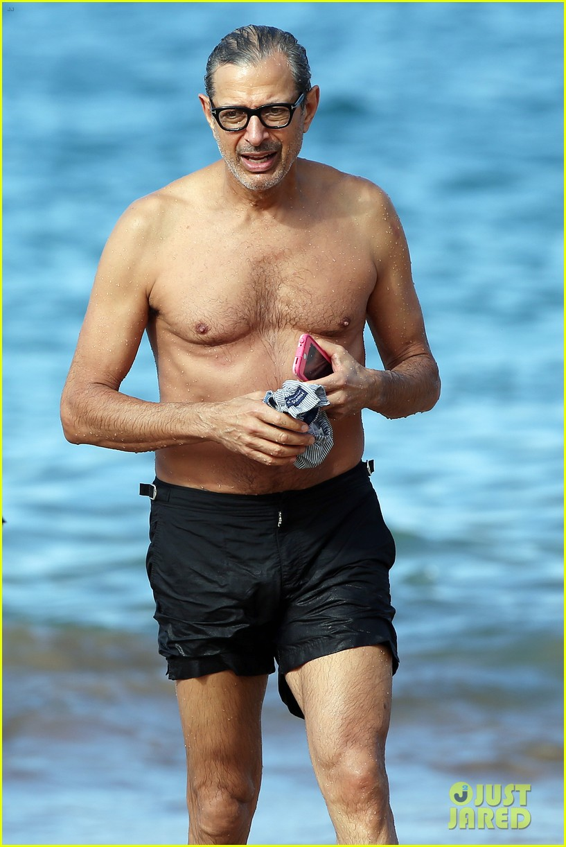 Sexy Jeff Goldblum Pictures POPSUGAR Celebrity Photos of jeff goldblum
