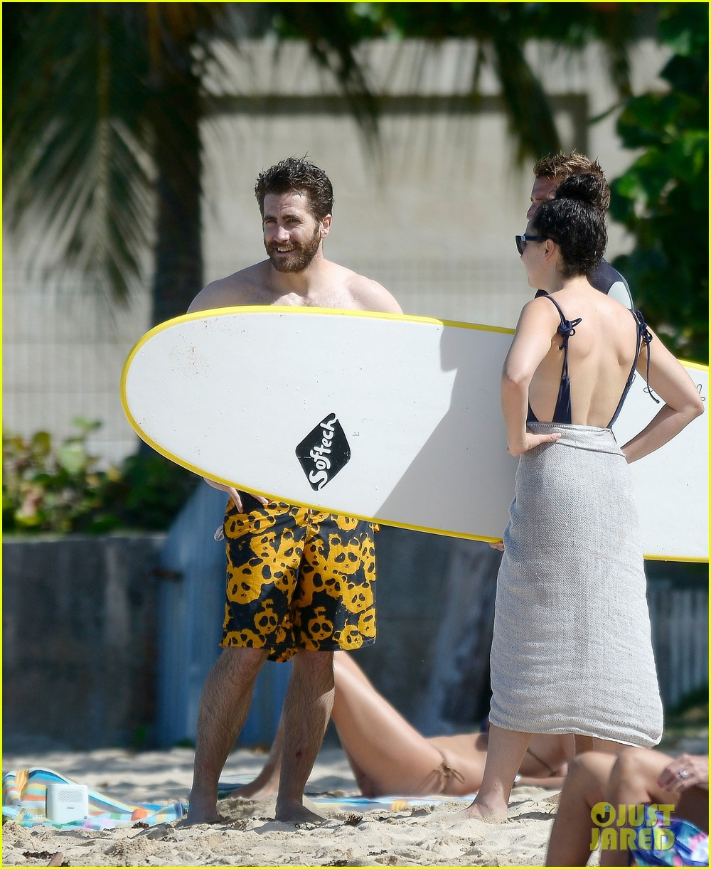 Jake Gyllenhaal Goes Shirtless in St. Barts, Takes a Surfing Lesson ... Jake Gyllenhaal