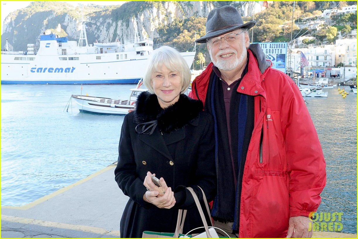 helen mirren husband taylor get honored at capri film festival 033834817