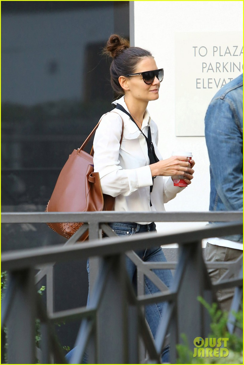 Katie Holmes on Daughter Suri: 'She's My Number One ... Katie Holmes Friends