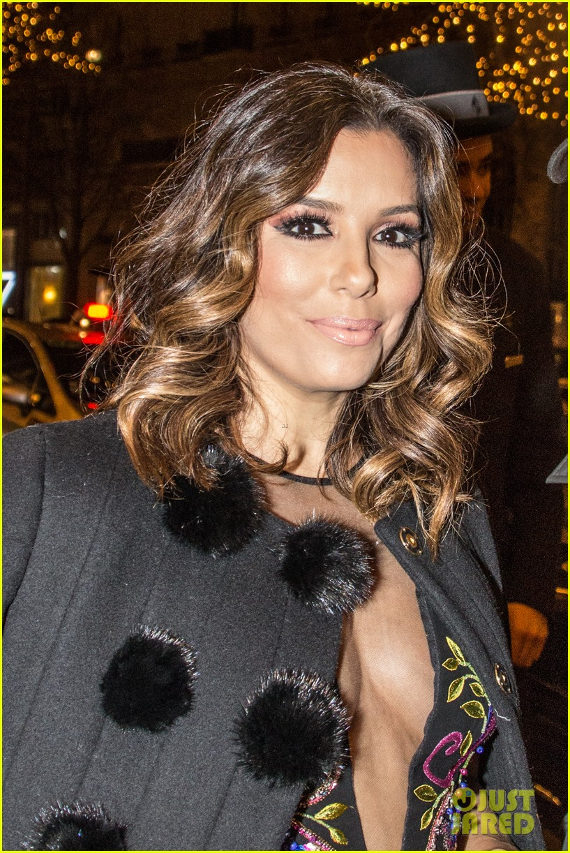 About Photo #3829719: Eva Longoria looked so stunning for her girls night out in Paris last night! The 41-year-old actress and businesswoman stepped out with models Doutzen Kroes and… Read More Here