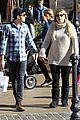 meghan trainor daryl sabara hold hands shopping 10