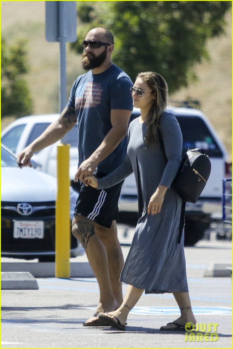 ... ronda rousey boyfriend travis browne 12 | Photo 3834674 | Just Jared