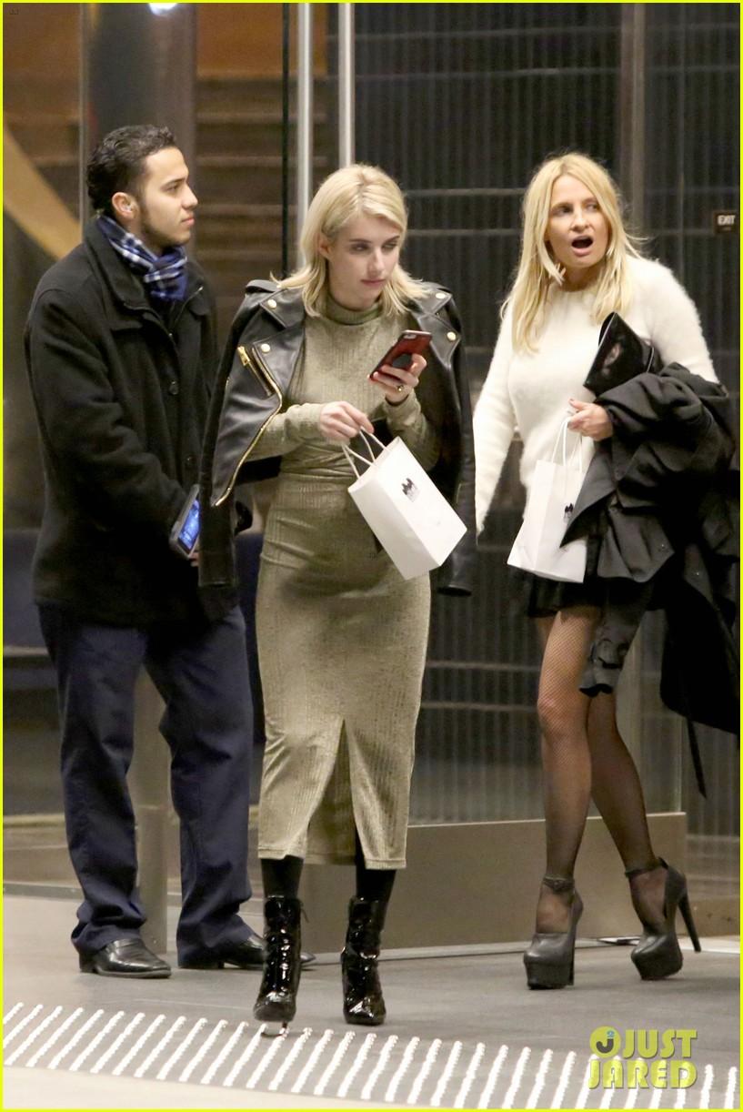 Full Sized Photo Of Gwyneth Paltrow Brad Falchuck Cade Hudson Birthday Party 26 Photo 3837875 Just Jared
