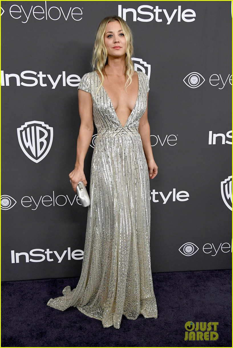 kaley cuoco karl cook golden globe party 2017 013839577