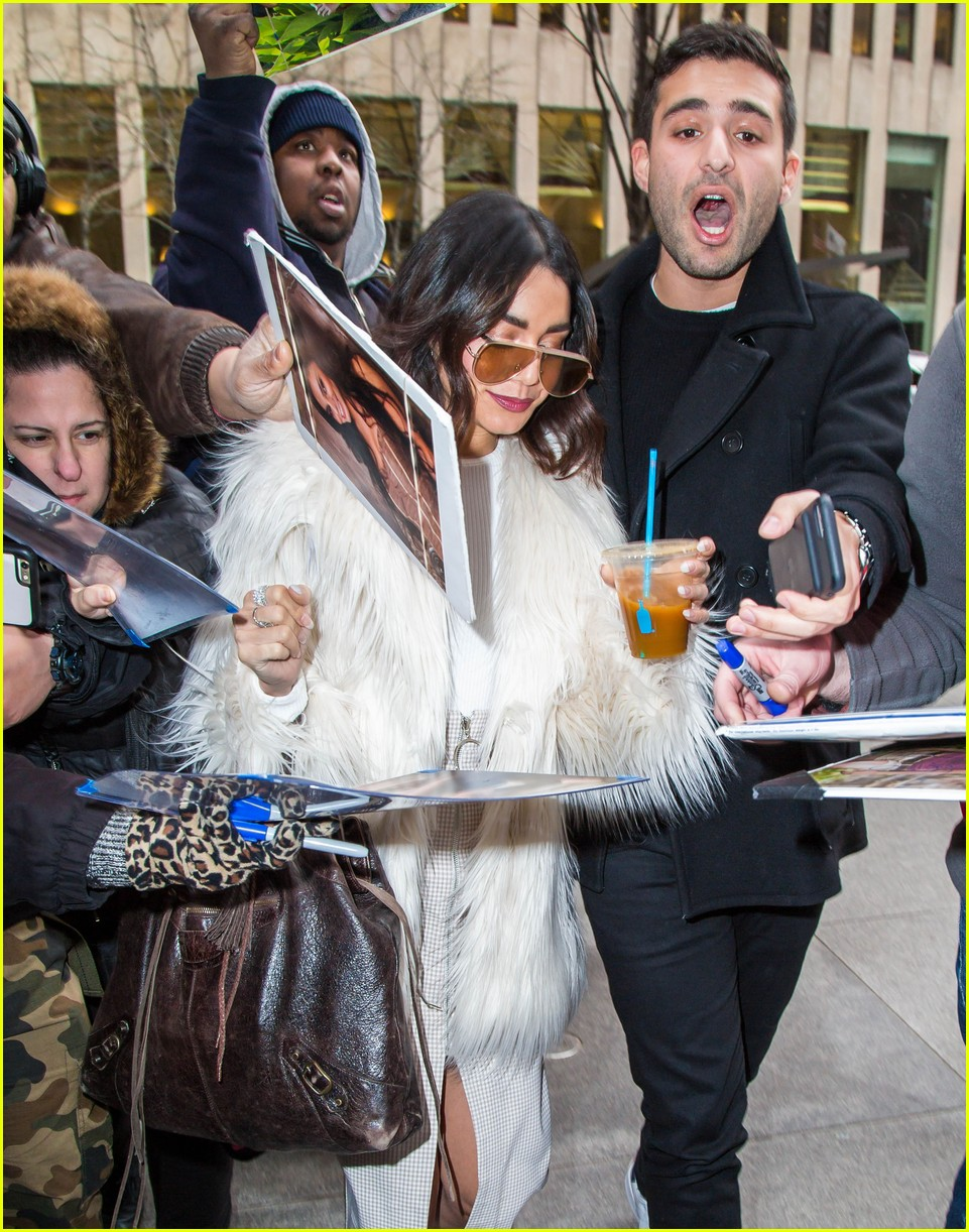 vanessa hudgens today show 023850245
