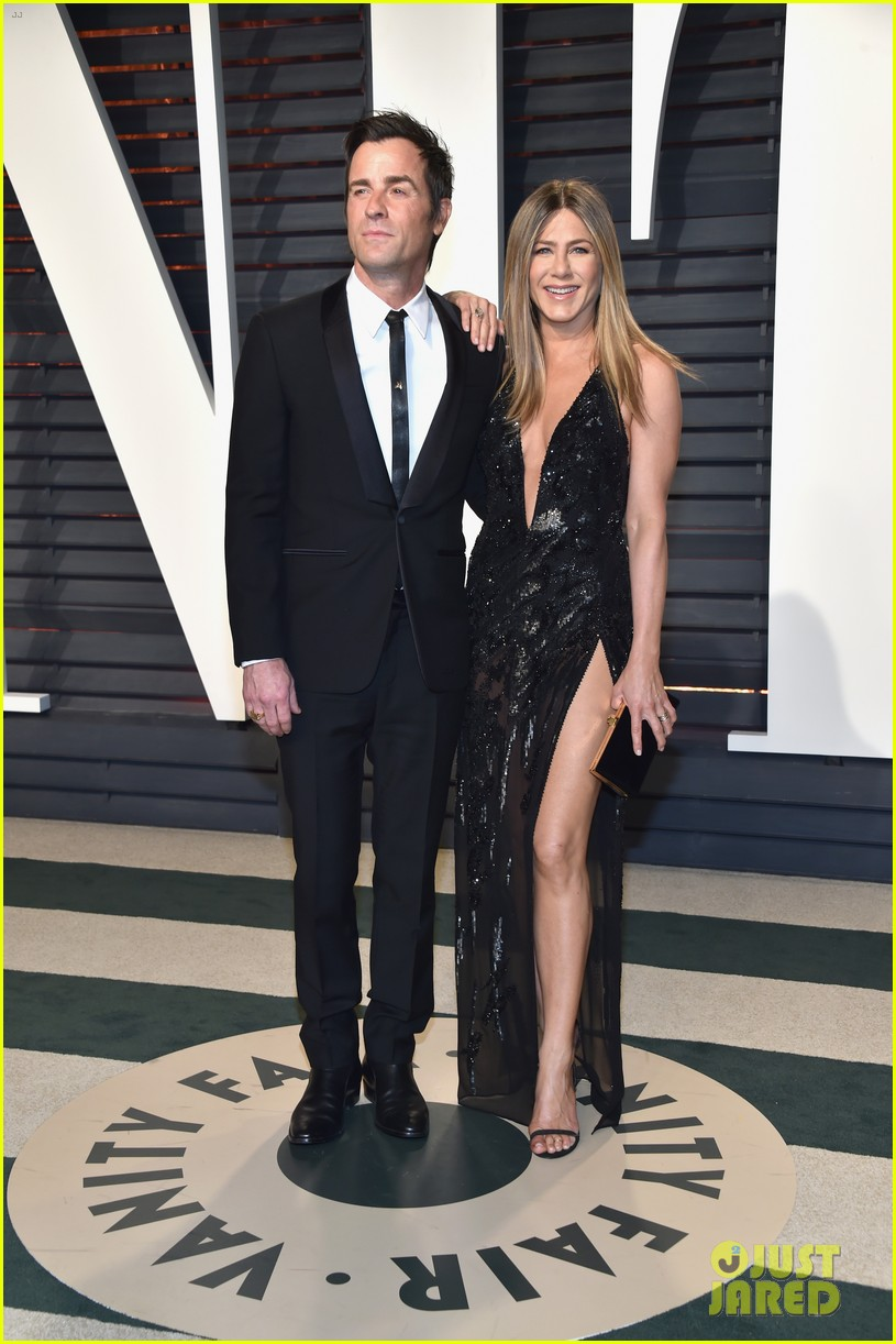 jennifer aniston justin theroux vanity fair oscars 2017 023867202