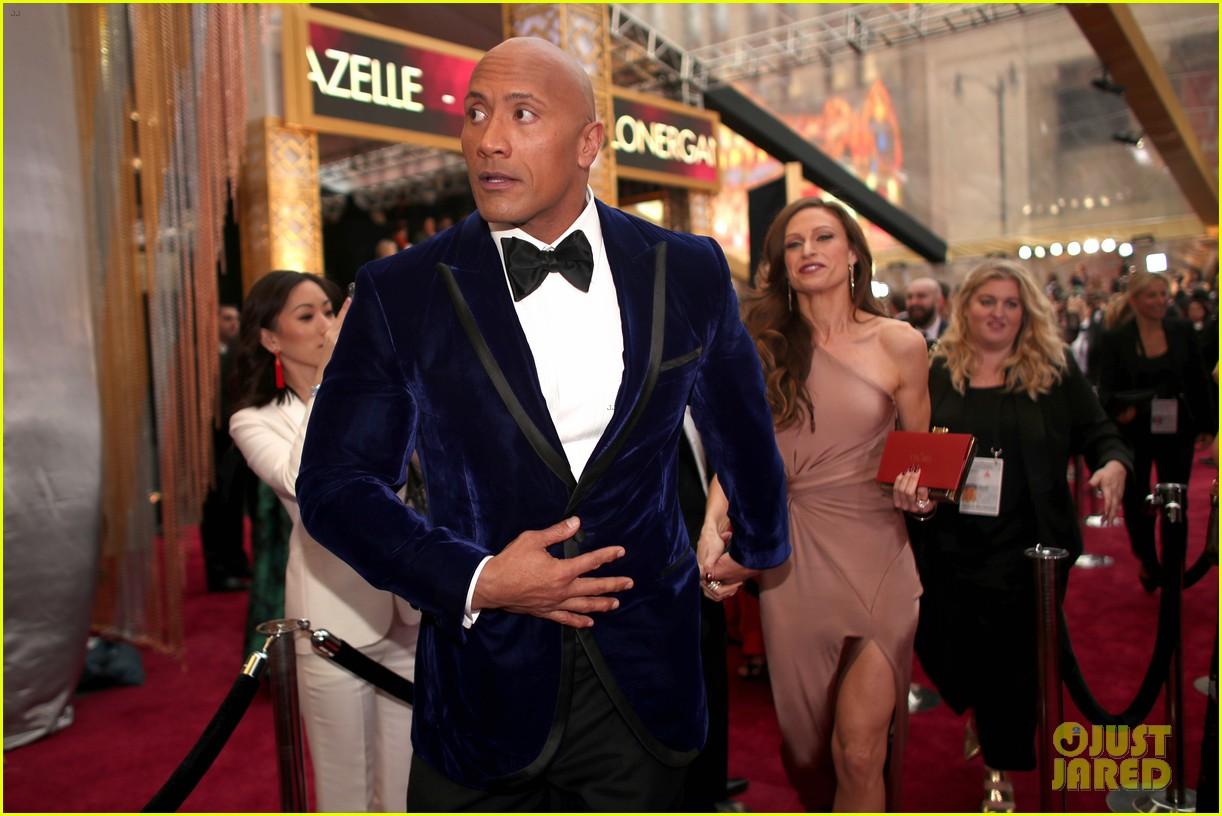 Dwayne Johnson & Wife Lauren Hashian Hit the Red Carpet at Oscars 2017 ...