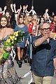 gigi bella hadid lead tommy hilfigers spring fashion show 02
