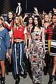 gigi bella hadid lead tommy hilfigers spring fashion show 14
