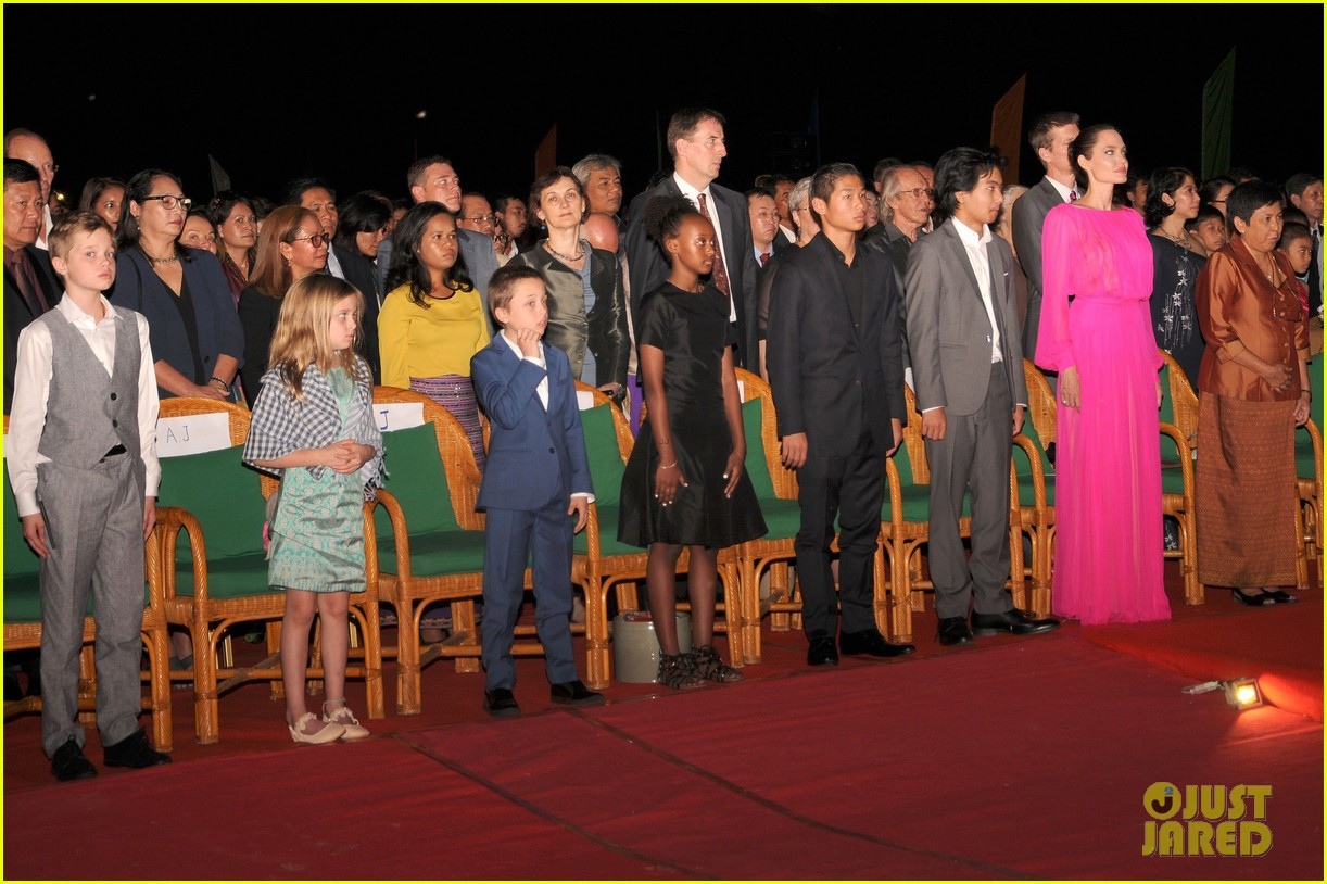 angelina jolies kids beam with pride while she speaks in cambodia 033862261