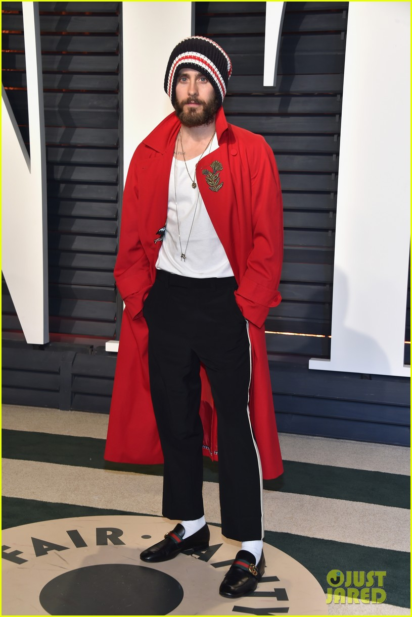 Jared Leto Wears Beanie to Vanity Fair's Oscar Party ...