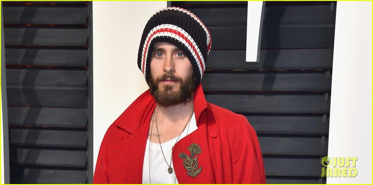 Jared Leto Wears Beanie to Vanity Fair's Oscar Party ...