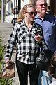 amanda seyfried remembers father figure bill paxton 06
