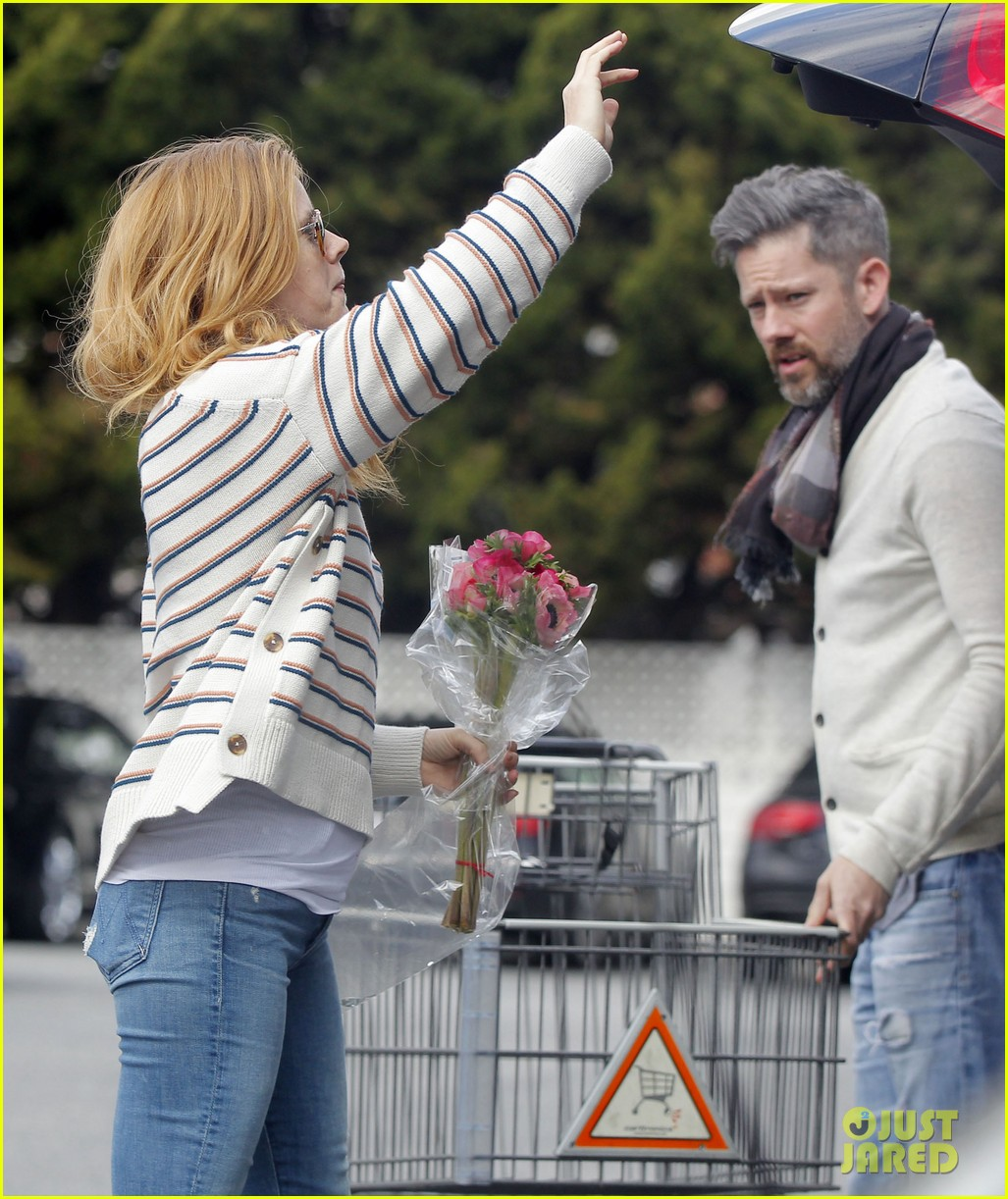 amy adams goes grocery shopping 043868413