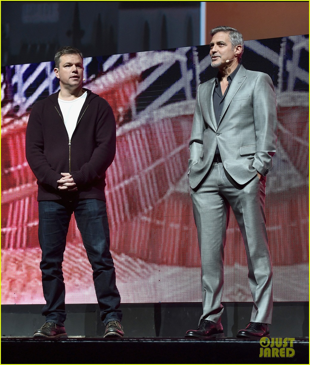 George Clooney at CinemaCon presenting Suburbicon George-clooney-julianne-moore-matt-damon-cinemacon-2017-05
