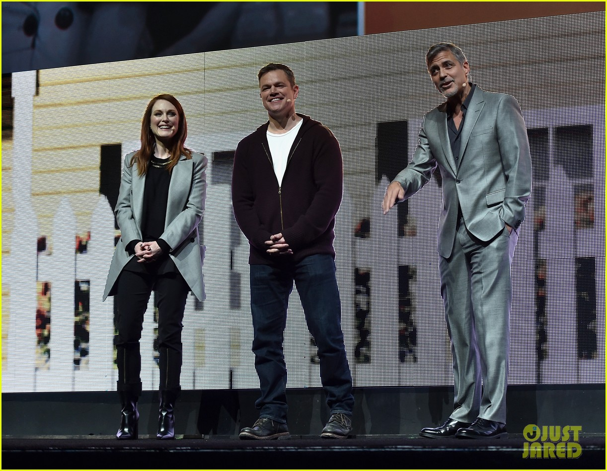 George Clooney at CinemaCon presenting Suburbicon George-clooney-julianne-moore-matt-damon-cinemacon-2017-12