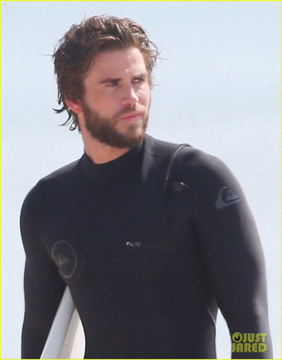 Liam hemsworth wetsuit